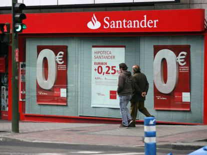 La nueva superhipoteca se venderá en las redes comerciales del Santander.