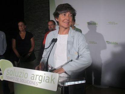 La candidata a 'lehendakari' de EH Bildu, Laura Mintegi, esta mañana en Bilbao.