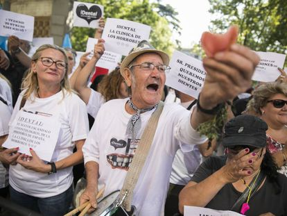 Entidades financieras presionan a los afectados por iDental para que paguen los créditos de sus tratamientos