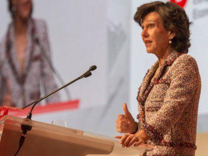 La presidenta del Banco Santander, Ana Botín, durante la junta general de accionistas celebrada el pasado 7 de abril.