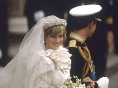 Diana y Carlos de Gales el día de su boda, el 28 de julio de 1981, en Londres.