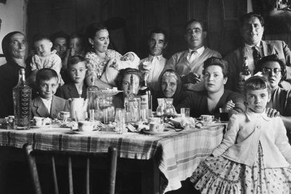 Familia retratada por Vieitez en 1958 ou 1959.