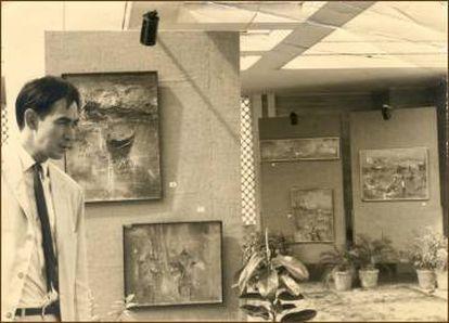 El pintor Gerard Henderson en Hong Kong en 1963