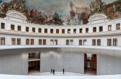 Intervención de Tadao Ando en el edificio de la Bolsa de Comercio de París, que albergará la Colección Pinault.