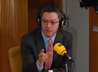 El alcalde de Madrid, Alberto Ruiz-Gallardón, esta mañana en la SER.