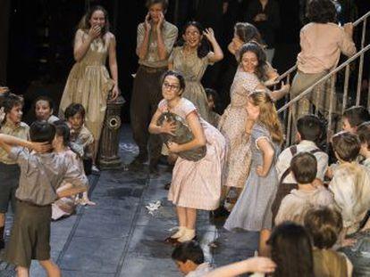 Los Pequeños Cantores de la JORCAM son los actores y cantantes líricos infantiles titulares en la institución cultural