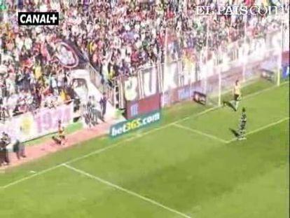 """Los de Pochettino, liderados por Romaric, se imponen por la mínima aprovechando la ansiedad e inexperiencia del Rayo. <strong><a href=""""http://www.elpais.com/buscar/liga-bbva/videos"""">Vídeos de la Liga BBVA</a></strong>"""