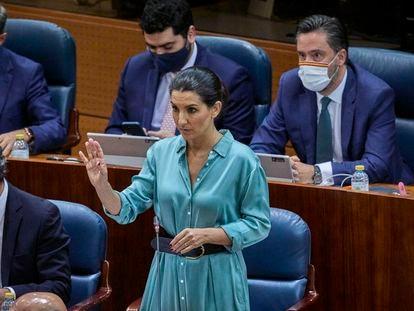 La diputada de Vox Rocío Monasterio, en la segunda sesión del pleno de investidura de la presidenta de Madrid, Isabel Díaz Ayuso.