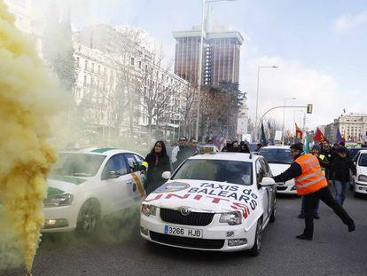 Manifestación de taxistas contra la desregulación del taxi