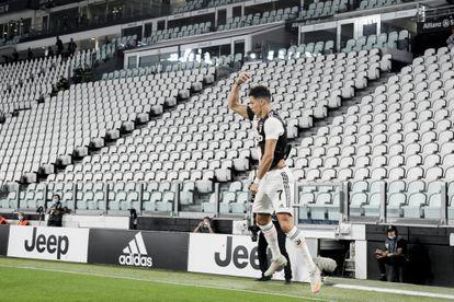 Cristiano Ronaldo celebra su segundo gol ante la Lazio.