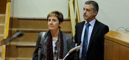 Arantza Tapia e Iñigo Urkullu, este jueves en el Parlamento vasco.