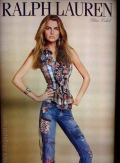 Imagen de una modelo de Ralph Lauren con la cintura retocada.