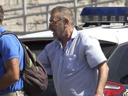El camionero por quien intercedió el Rey vuelve a España para cumplir condena