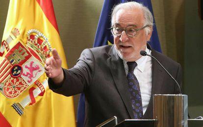 Pere Navarro toma posesión como director de la DGT.