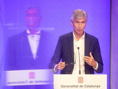 El consejero de Salud de la Generalitat de Cataluña, Josep Maria Argimon, en una rueda de prensa, el pasado lunes.