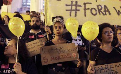 Una protesta en Río de Janeiro tras la muerte de Ágatha Félix.