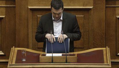 El primer ministro griego, Alexis Tsipras, en el Parlamento.