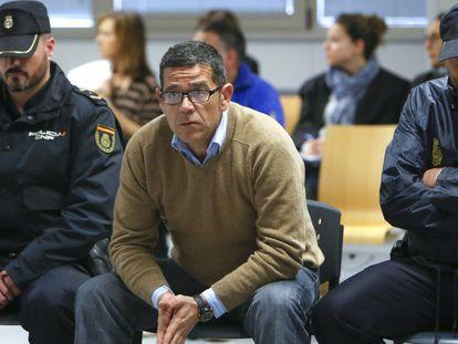 Jorge Ignacio Roca, uno de los acusados, en el 'caso Emarsa', al inicio del juicio tras más de seis años de investigación, en Valencia.