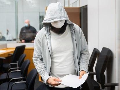 Abu Walaa, a su llegada a la sala del juzgado de Celle (Alemania), este miércoles.