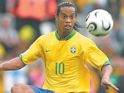 Ronaldinho, en el encuentro de octavos de Brasil con Ghana.