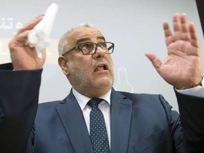 El primer ministro marroquí y líder del Partido Justicia y Desarrollo, Abdelilah Benkirane, anuncia el programa de campaña este lunes en Rabat.