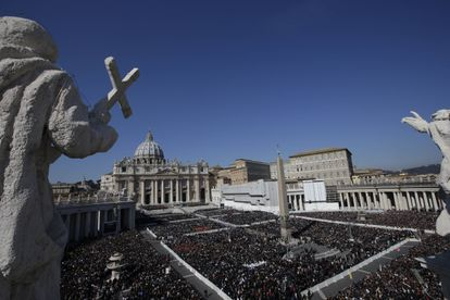 Imagen de archivo de la plaza San Pedro, en Ciudad del Vaticano.
