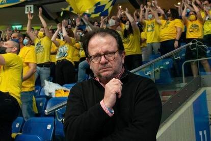 Juan Carlos Sanz, corresponsal de El País en Israel, en el Menora Mivtachim Arena de Tel Aviv el pasado 30 de marzo.