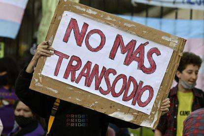 Manifestación contra la transfobia frente al Congreso en Buenos Aires, Argentina, el 1 de marzo.
