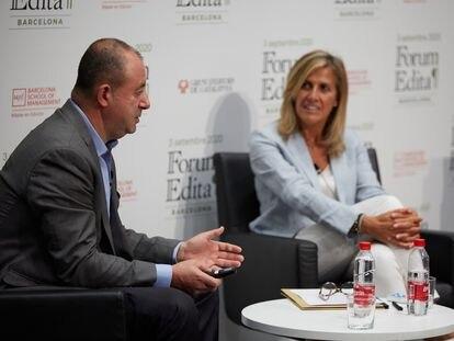 Jesús Badenes y Núria Cabutí, durante su intervención en el Fórum Edita.