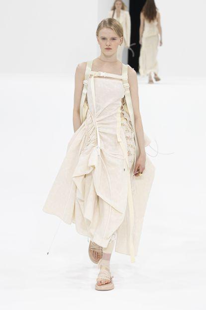 Diseño de Sportmax para primavera / verano 2022, presentado en la Semana de la Moda de Milán en septiembre de 2021.