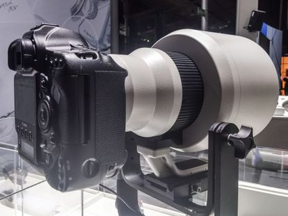 Prototipo del nuevo teleobjetivo 600mm f4 DO.