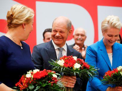 Olaf Scholz, candidato socialdemócrata a las elecciones del 26 de septiembre, el lunes en la sede del partido en Berlín.