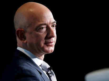 Jeff Bezos, fundador de Amazon, en una conferencia sobre el espacio.