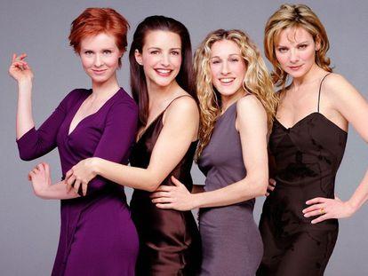 Las actrices de 'Sexo en Nueva York' Cynthia Nixon (Miranda), Kristin Davis (Charlotte) Sarah Jessica Parker (Carrie) y Kim Cattral (Samantha).
