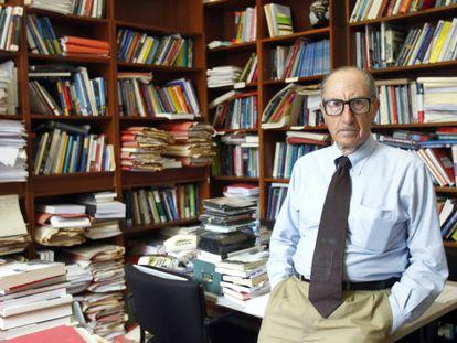 El profesor Vicenç Navarro