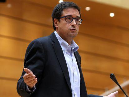 Óscar López, durante el pleno del Senado en una imagen de archivo.