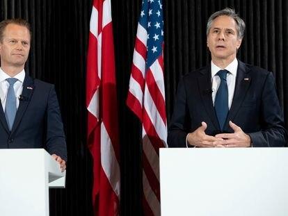 El secretario de Estado, Antony Blinken, y el ministro de Asuntos Exteriores danés, Jeppe Kofod, este lunes en Copenhague.