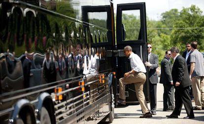 El presidente sube al 'Bus Force One' para seguir con su gira de tres días por el medio Oeste de EE UU