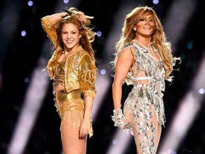 La actuación de las dos artistas refleja el éxito de dos mujeres latinas hechas a sí mismas. Fieles a sus orígenes, triunfaron en un espectáculo que solo marcó el principio de su enésima reinvención