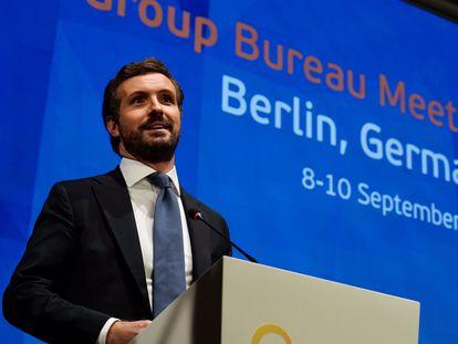 El líder del PP,  Pablo Casado, asiste a un encuentro de líderes del PPE en Berlín.