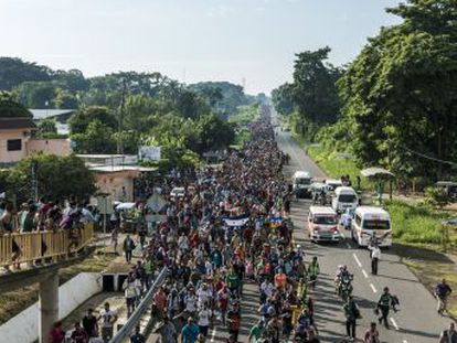 Una columna de 7.000 hondureños se dirige a Tapachula, a 30 kilómetros de la frontera con Guatemala