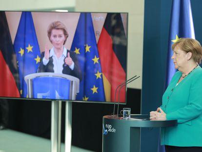 Angela Merkel y Ursula von der Leyen.