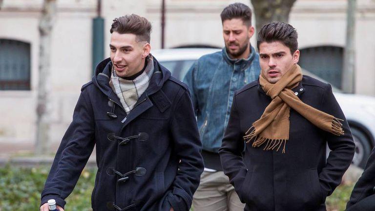 De izquierda a derecha, Carlos Cuadrado, Víctor Rodríguez y Raúl Calvo, exjugadores de la Arandina Club de Fútbol, a su llegada el pasado diciembre a la Audiencia Provincial de Burgos.