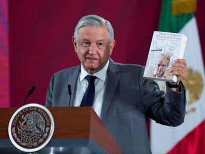 El presidente de México defiende al cofundador de Wikileaks por haber mostrado  cómo funciona el sistema mundial en su naturaleza autoritaria