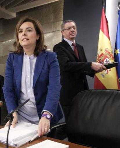Soraya Sáenz de Santamaría y Alberto Ruiz-Gallardón.