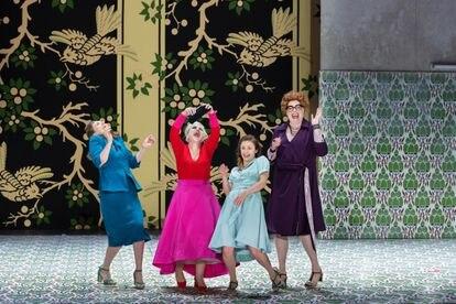 Las cuatro mujeres de la trama: Meg (Antoinette Denefeld), Alice (Carmen Giannatasio), Nanetta (Julia Semenzato) y Fast (Daniela Barcelona).