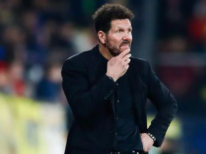 El entrenador argentino, el mejor pagado del mundo, pasa por su peor momento en el Atlético, que ve amenazada la estabilidad deportiva y económica por la crisis de resultados