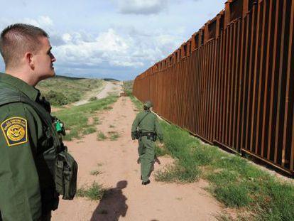 Frontera de Nogales, entre EE UU y México.