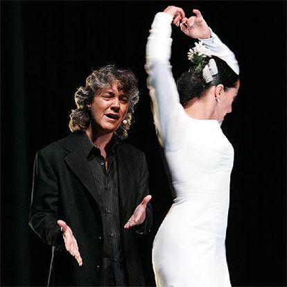 La cantaora Mayte Martín y la bailaora Belén Maya, durante su actuación en Tokio.