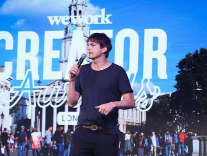 Ashton Kutcher en la presentación de los premios Wework Creator en Londres en octubre de 2018.
